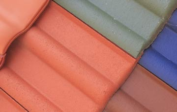 Carntyne plastic roofing companies